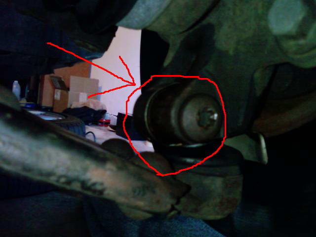 Removal of lower ball joint bolt.-001.jpg