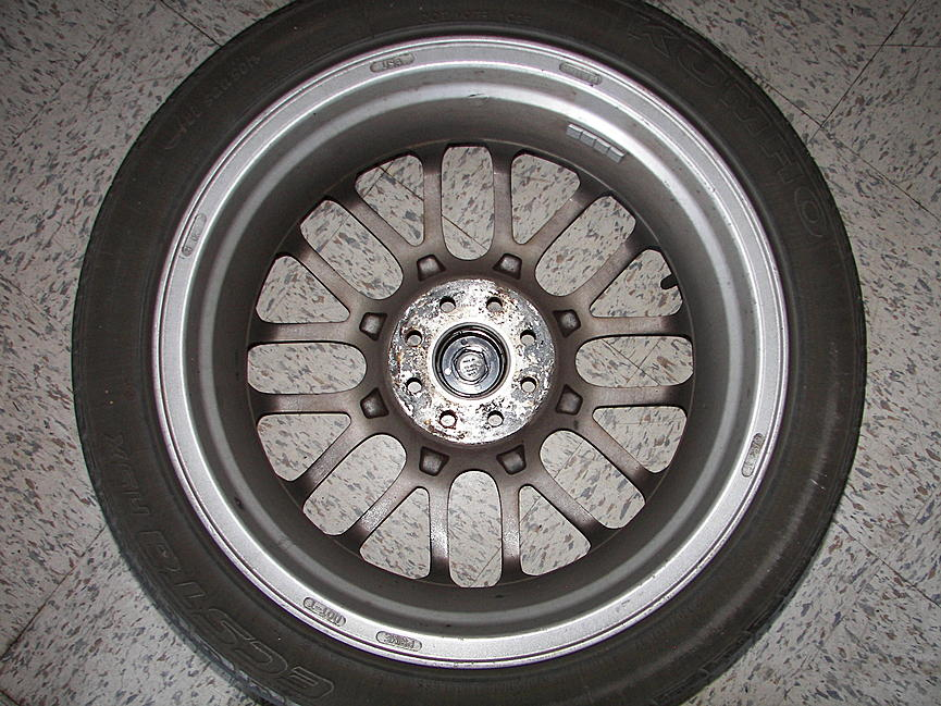 Help, what kind of wheels are these?-100_3047.jpg