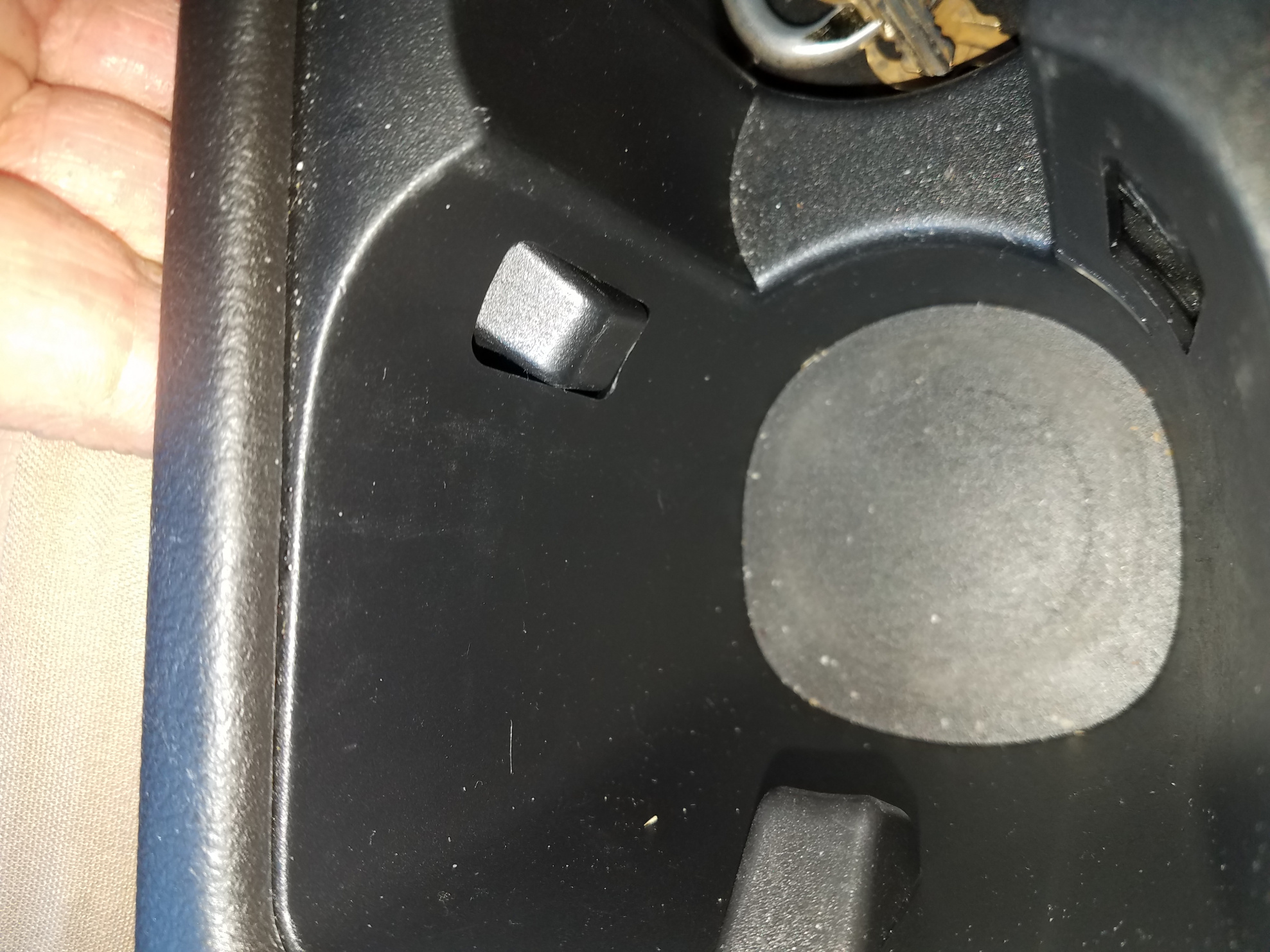 Has anyone had this happen in the cup holders?-20190701_180616.jpg