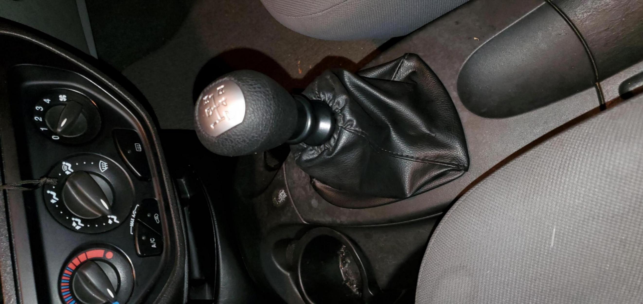 Need to replace shift knob (Manual)-20191002_201209_1571985100779.jpg