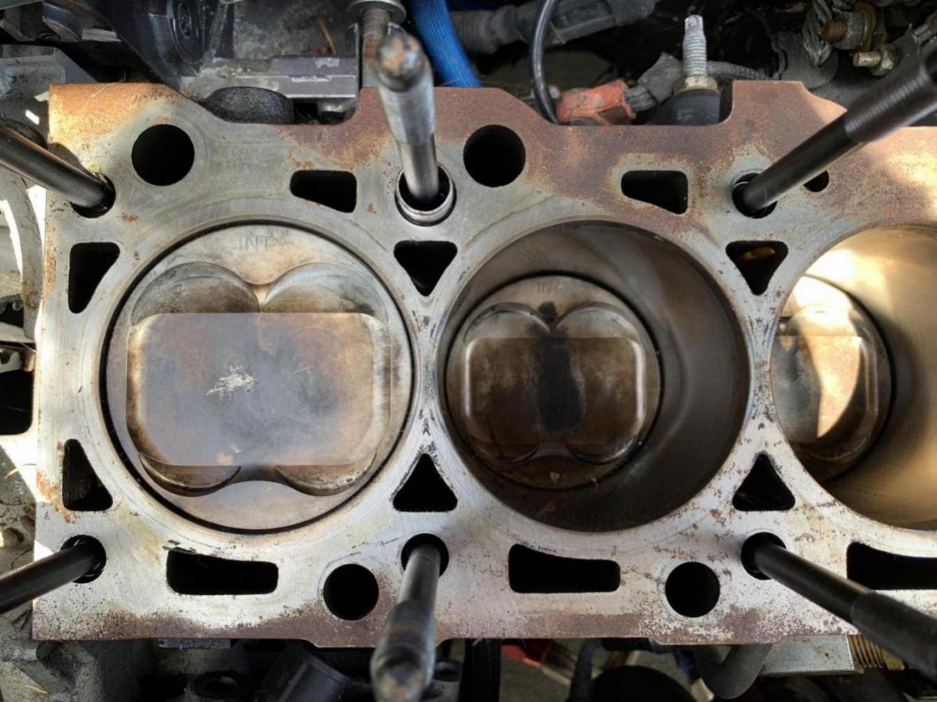 2004 SVTF EAP ZX5 (blown engine)-62bc5dc4-f81d-44a8-8056-3ca55e0402b0_1562680953823.jpg