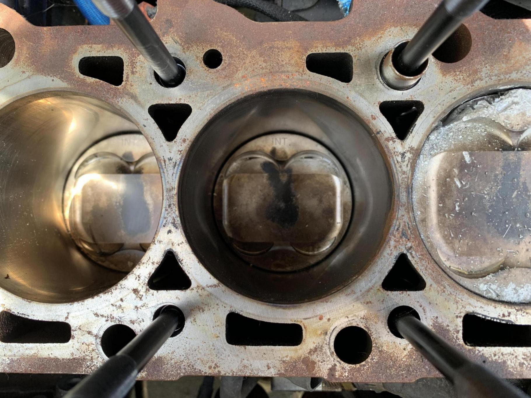2004 SVTF EAP ZX5 (blown engine)-8ad33b8c-5d32-4b42-b4e7-6a856fcc357c_1562680984036.jpg