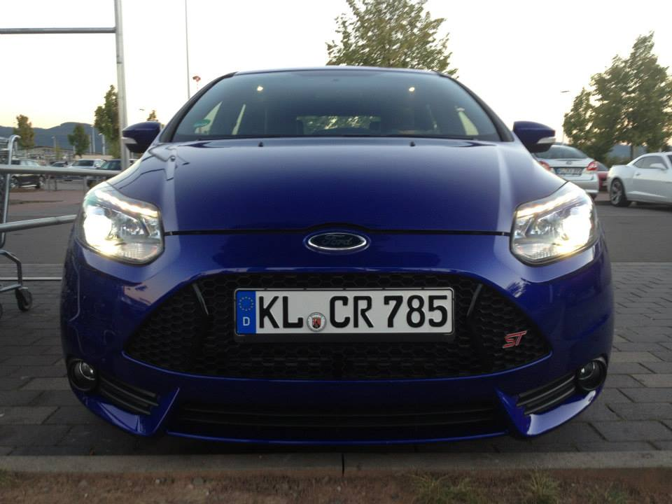 New 2013 ST, my first Focus-brand-new-front-view.jpg