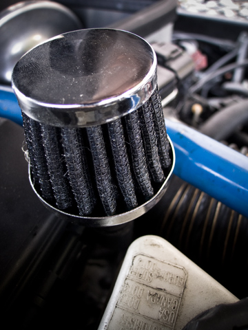 The tube on the Valve cover-breather2.jpg