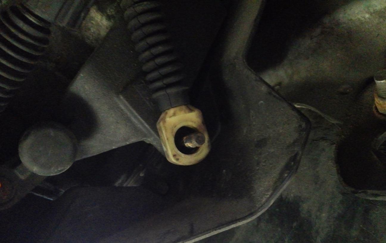 Cheap and Easy Manual Shifter Bushing Fix-cam00173.jpg