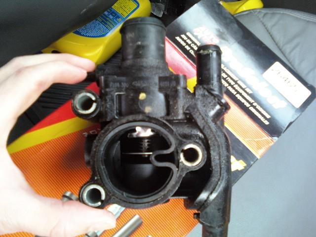 Thermostat housing leak-car-parts-031.jpg