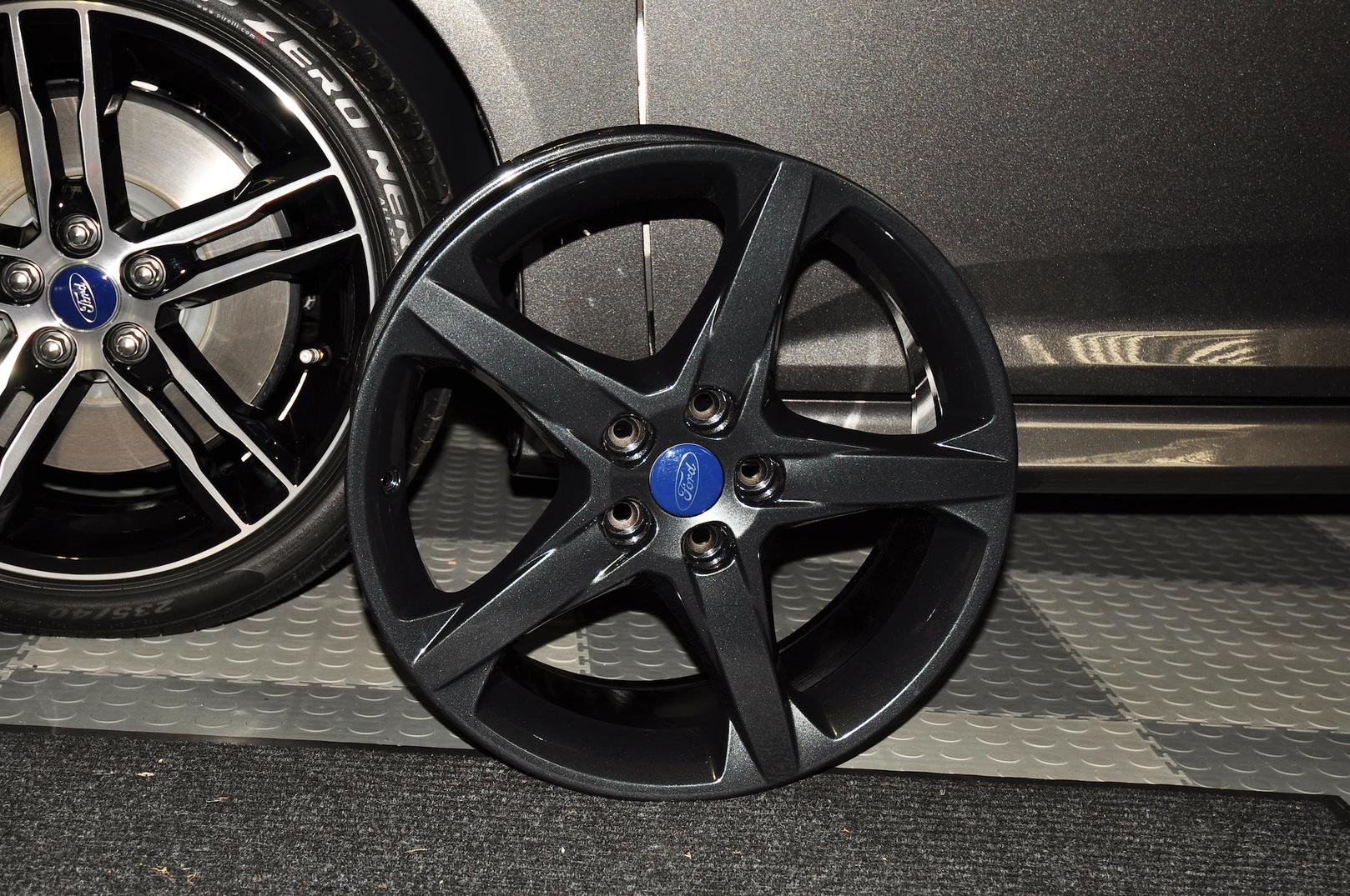 Focus 18 inch wheels for ST-dsc_0539.jpg