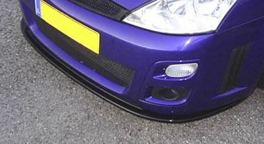 hi am new-focus_rs_lower_front_splitter_blade_close.jpg