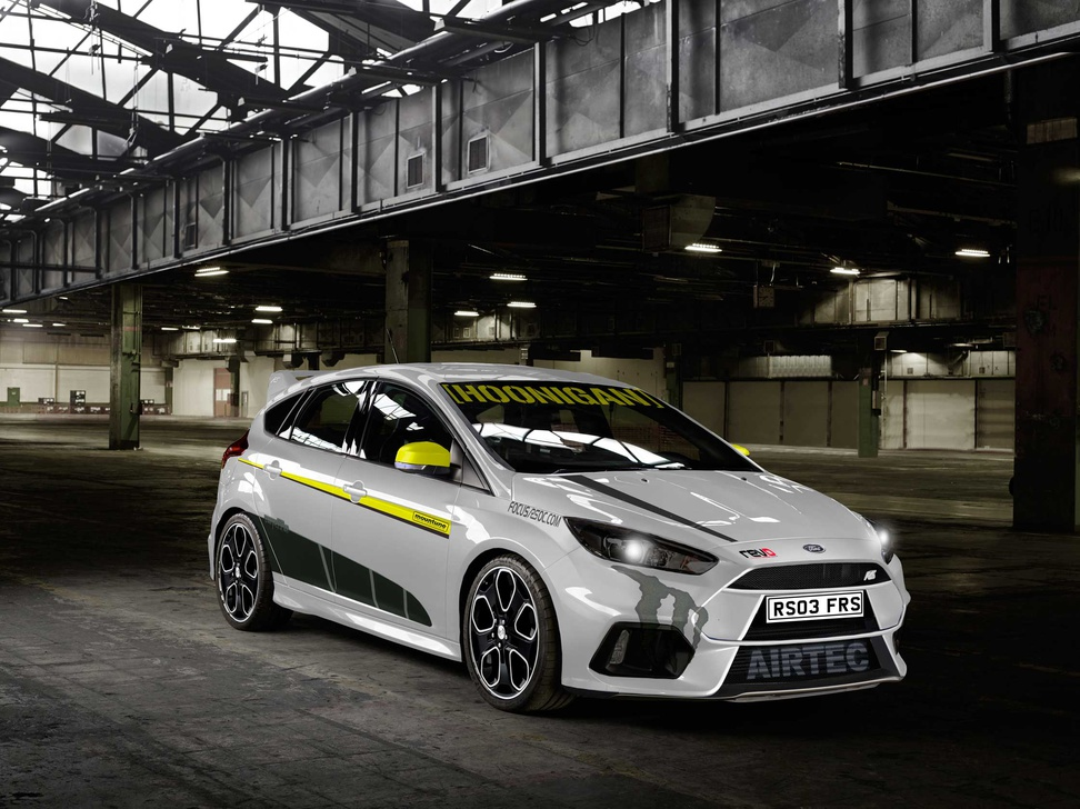 New Rs Pictures In White Green And Rs500 Matt Black Fordfocusrs 01wht2 Decals Jpg