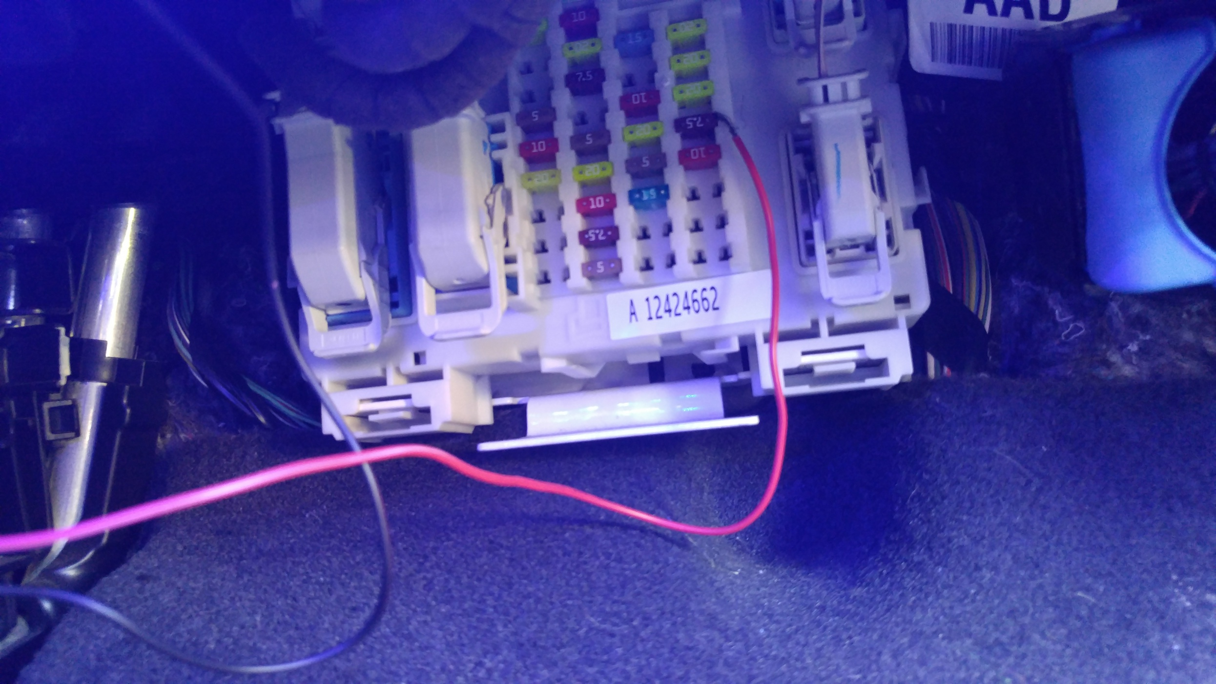 189401d1472732793 how aftermarket footwell lighting fuse box how to aftermarket footwell lighting page 3 ford focus forum footwell fuse box at bakdesigns.co