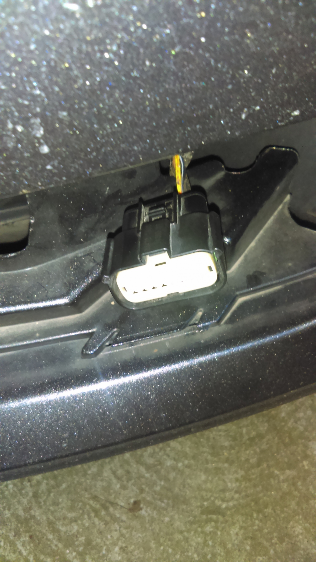 2015 ford focus se fog light connector imag0244 5b1 5d jpg