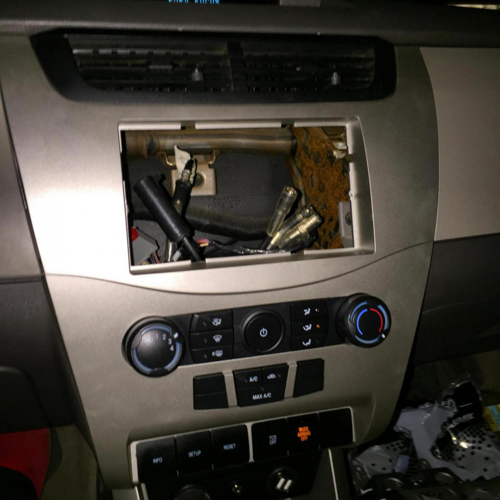 2008 ford focus aftermarket stereo image_1428500648826 jpg