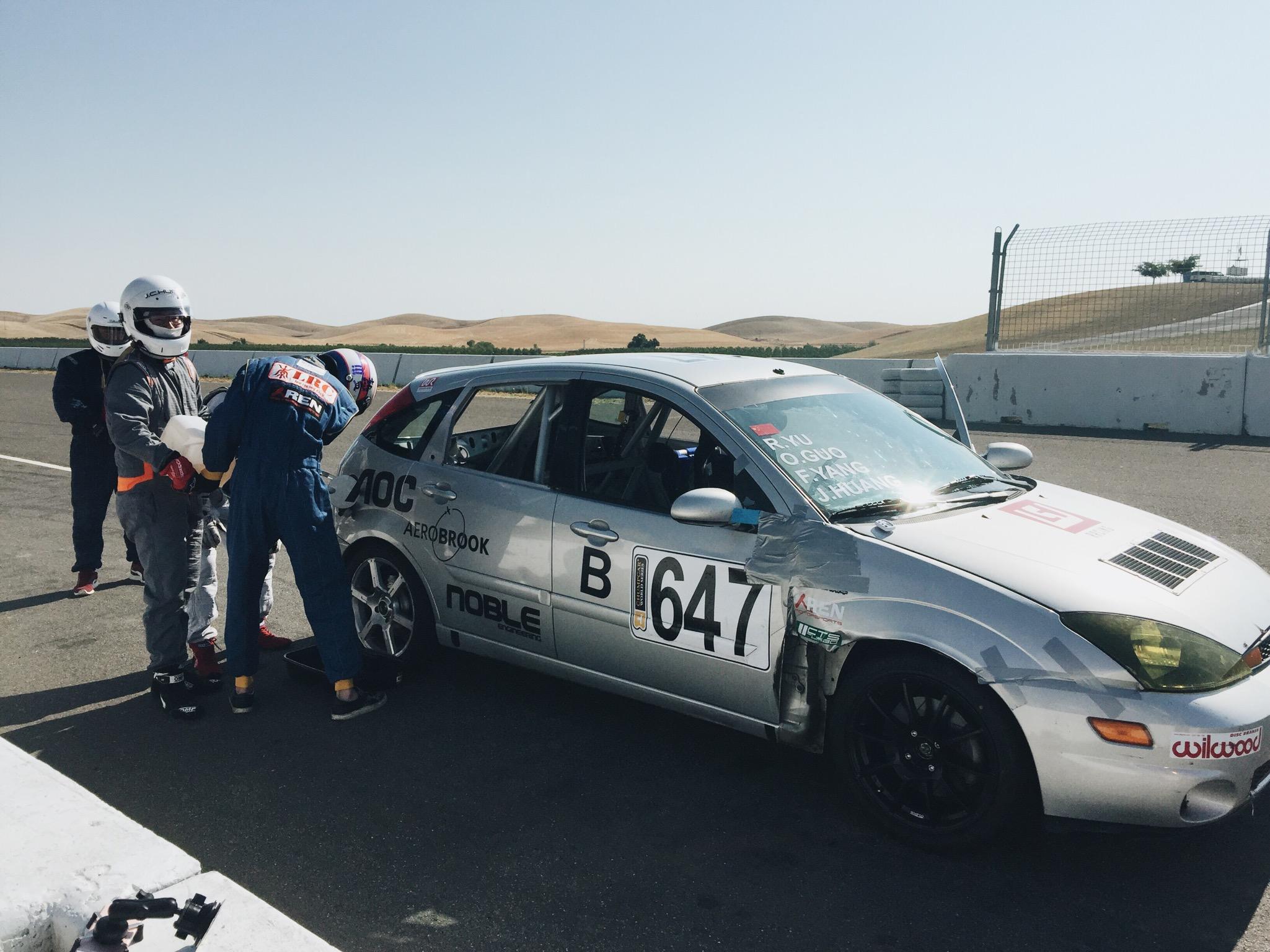 Our first Chump Car race-img_0069.jpg