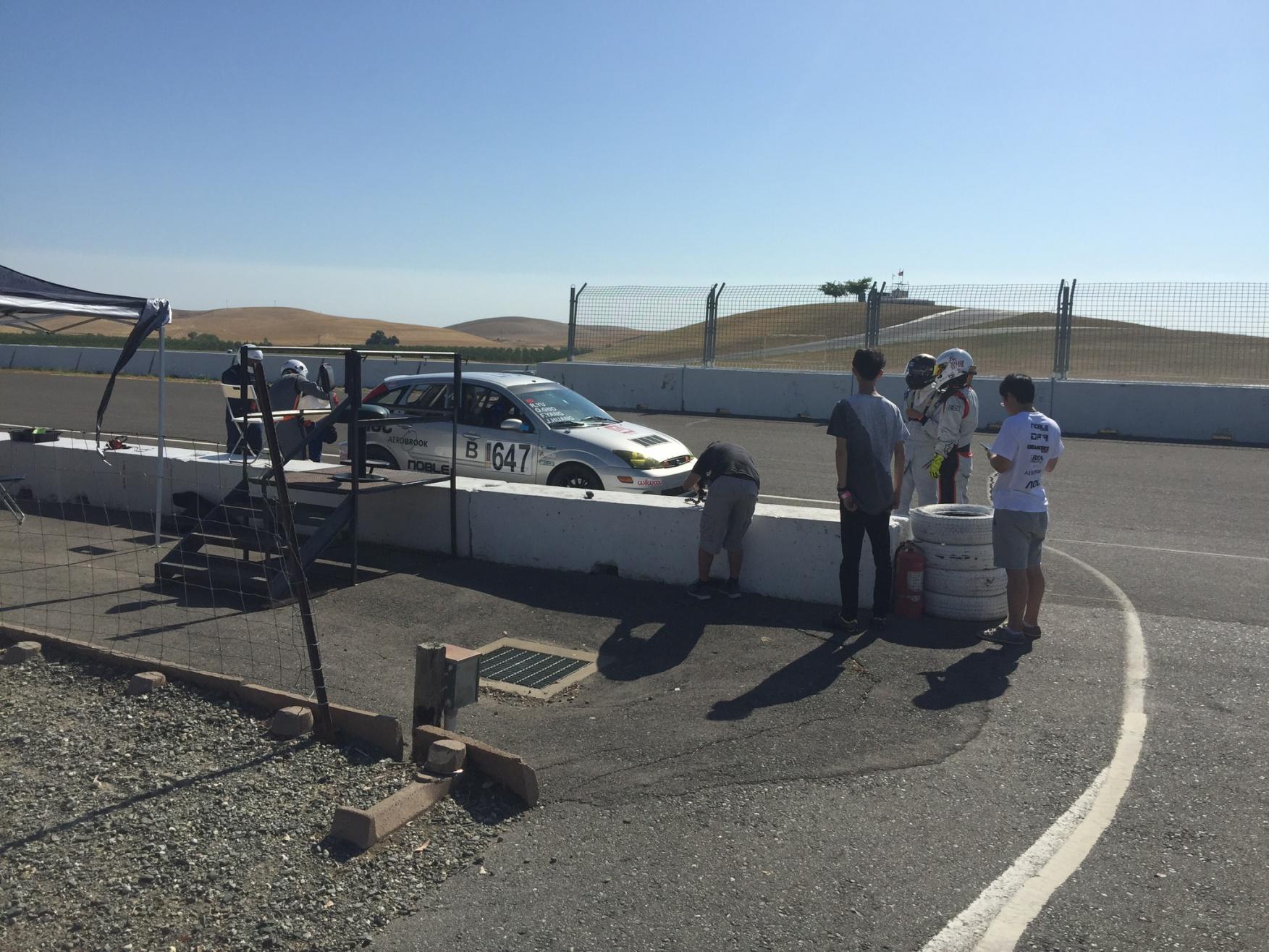 Our first Chump Car race-img_0151.jpg