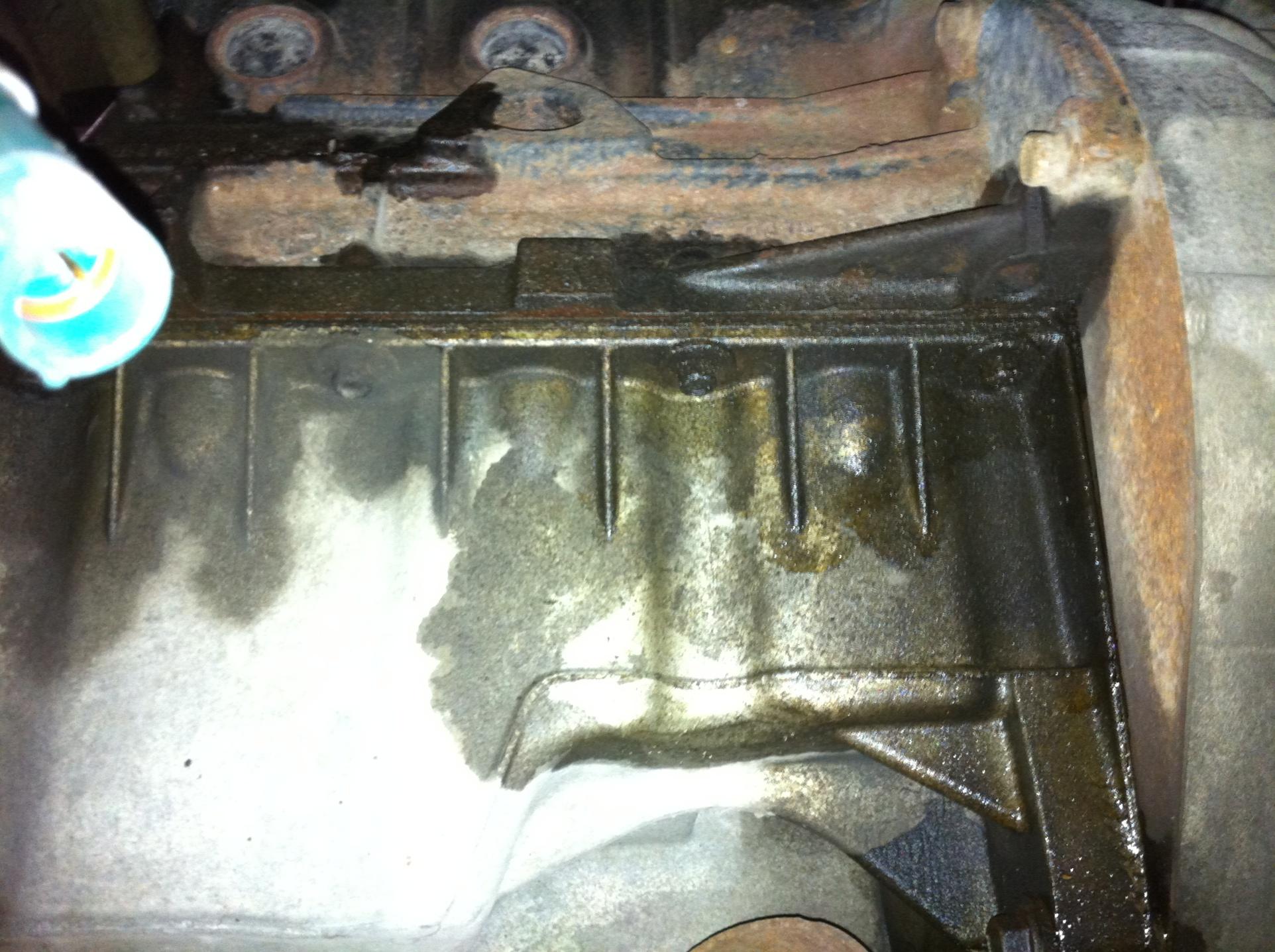 Oil Leak, Ford Focus 2002-img_0699.jpg