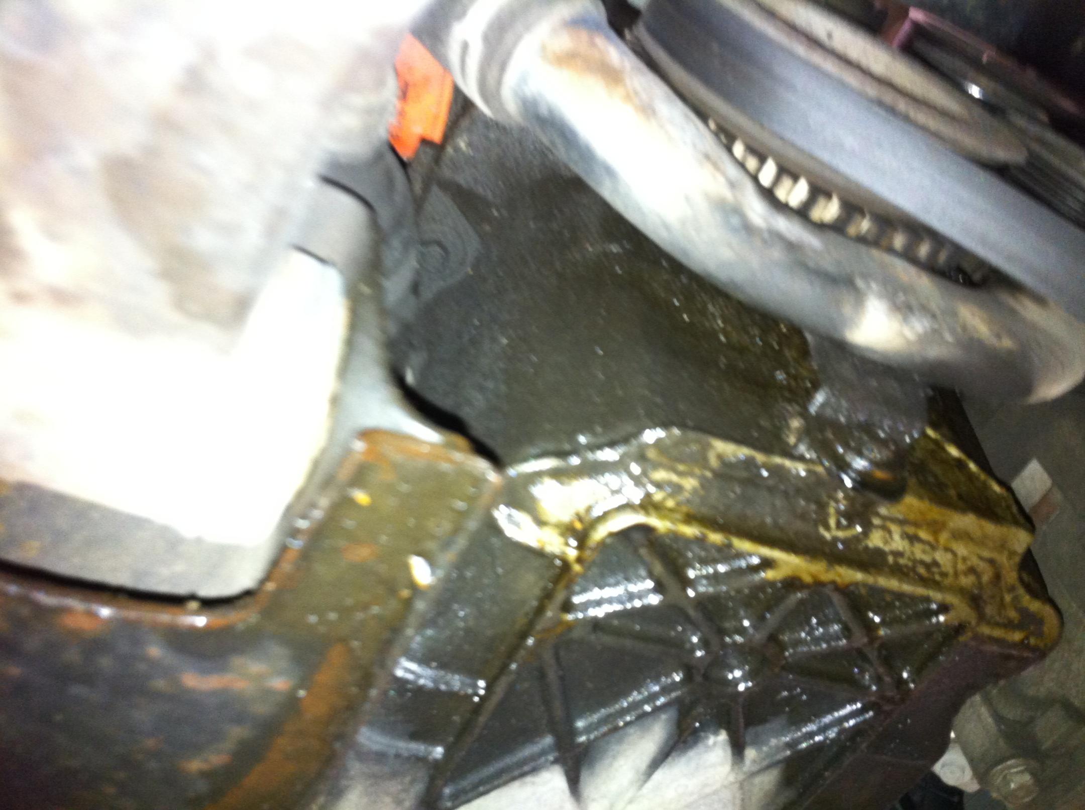 Oil Leak, Ford Focus 2002-img_0700.jpg