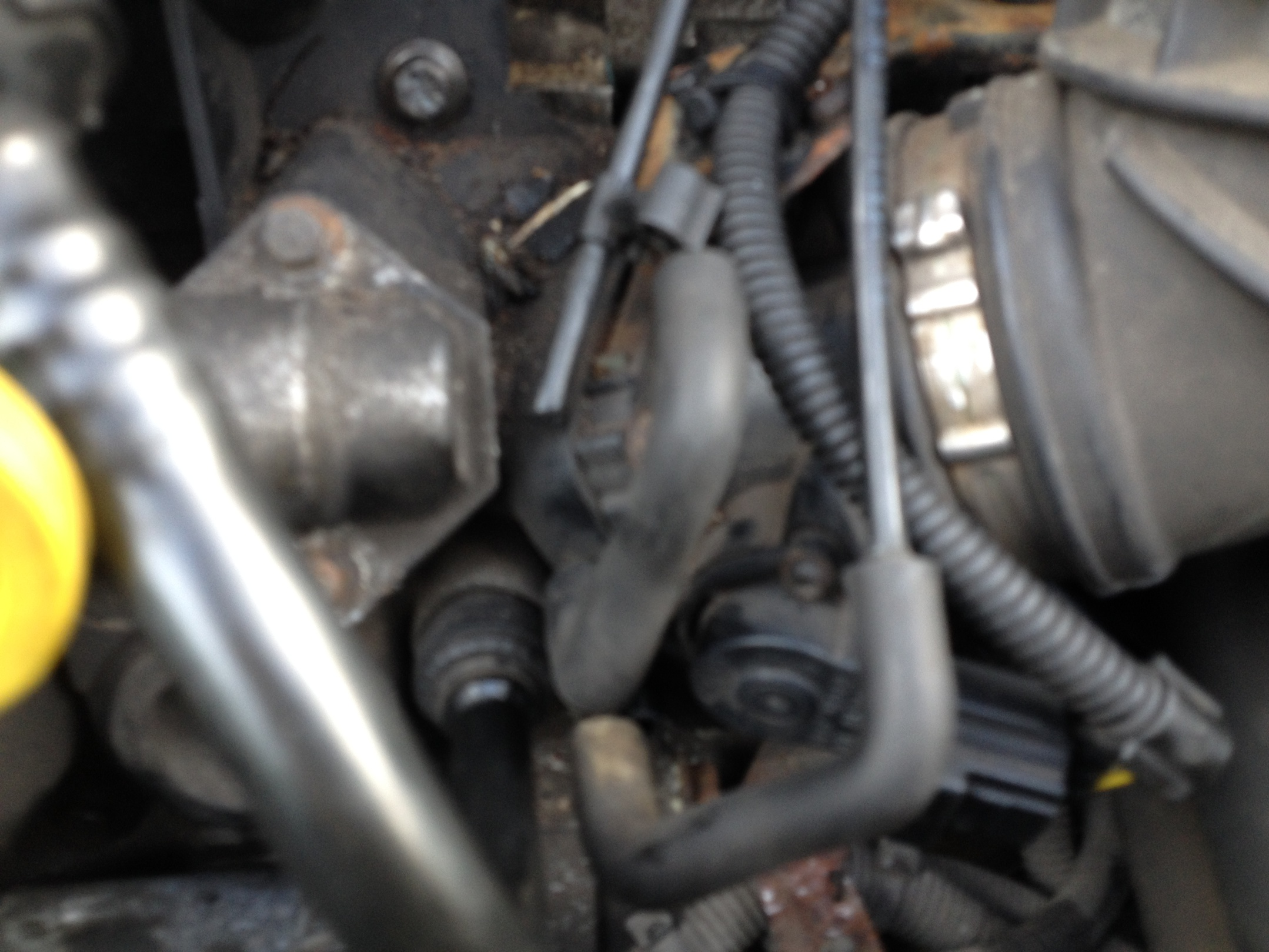 Maxresdefault likewise Maxresdefault as well Gallery besides Pcv together with Ford Focus Zetec S V Img. on 2001 ford focus egr valve