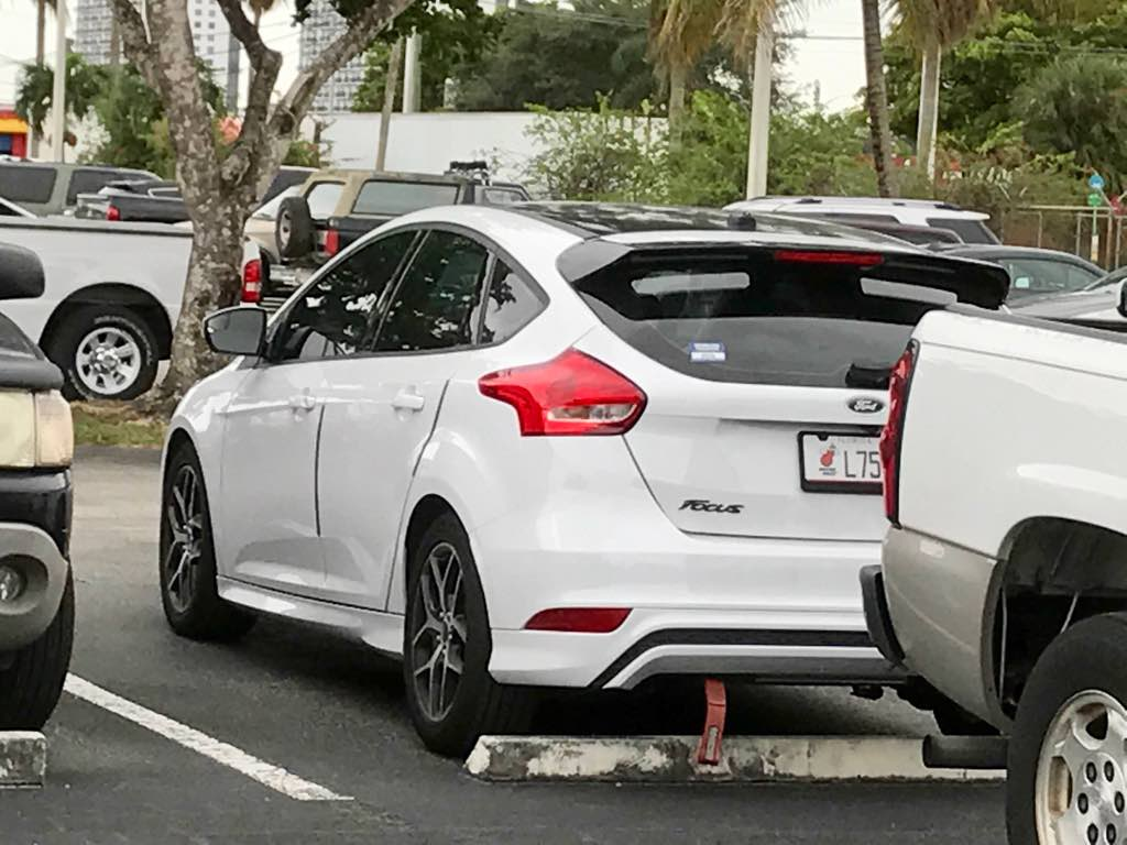 How many hatchback owners hate their non st spoilers?-img_1194.jpg