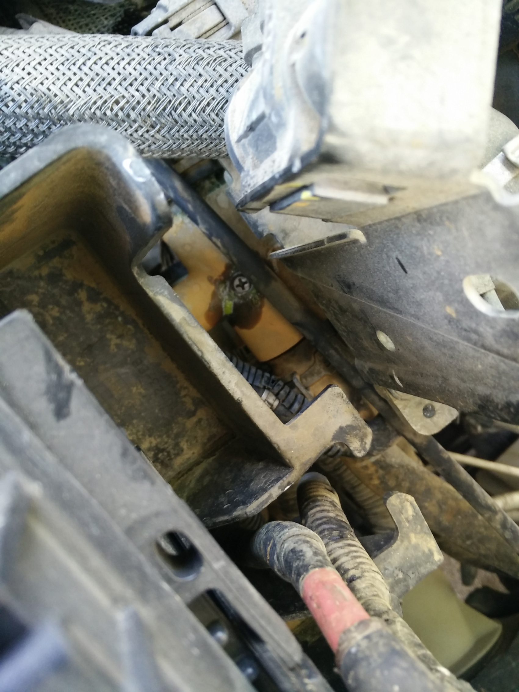 Antifreeze Coolant Mess Engine Part Ford Focus Forum General Img 20171010 120359