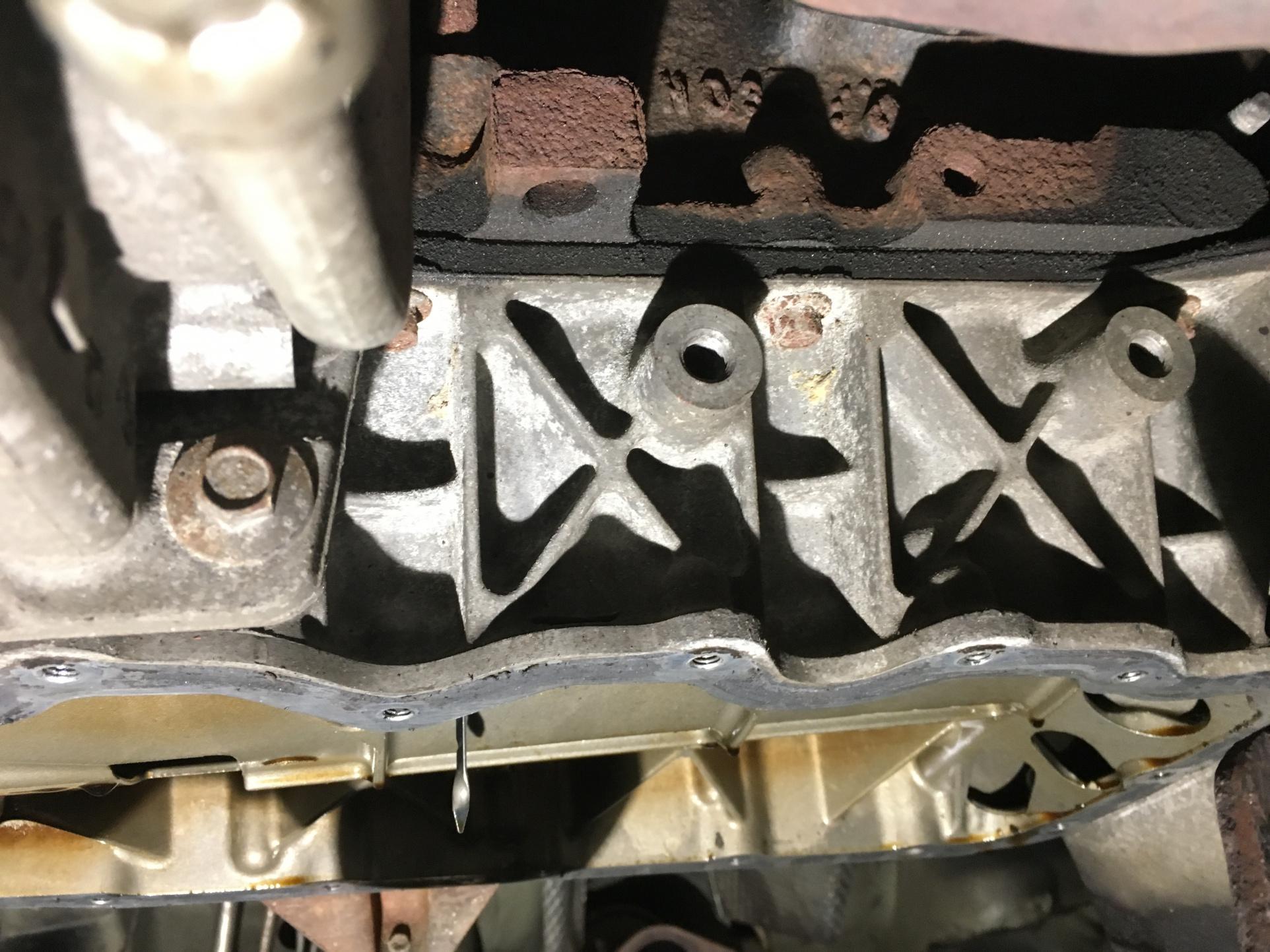 Lower Crankcase Leaks-img_5611.jpg