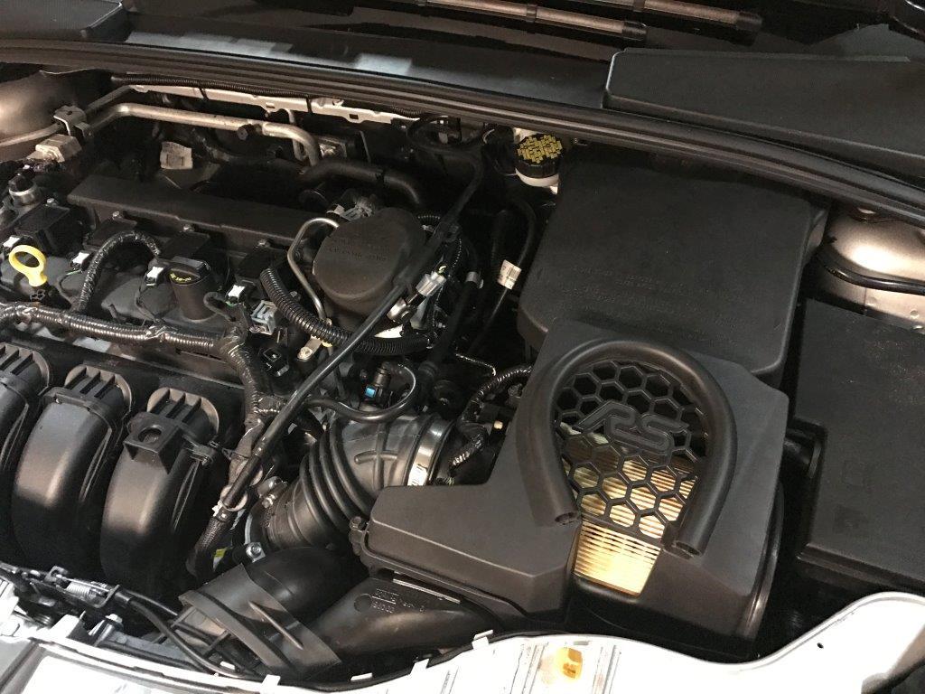 Focus RS Airbox on Focus SE - Installed!-img_9497.jpg