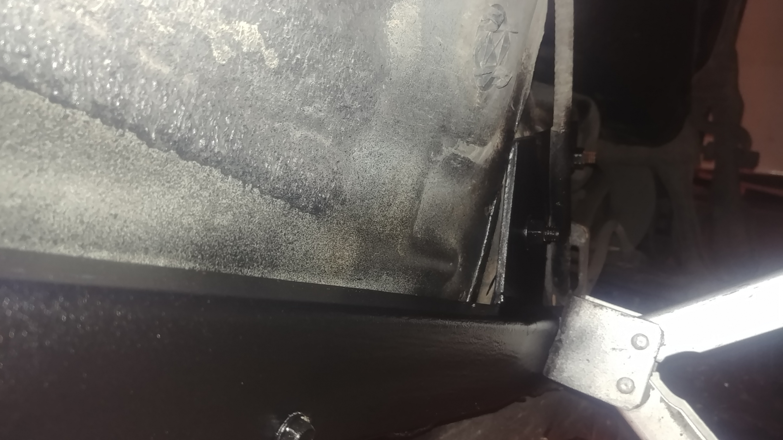 Repairing rusted out jack point.-jackrail02.jpg