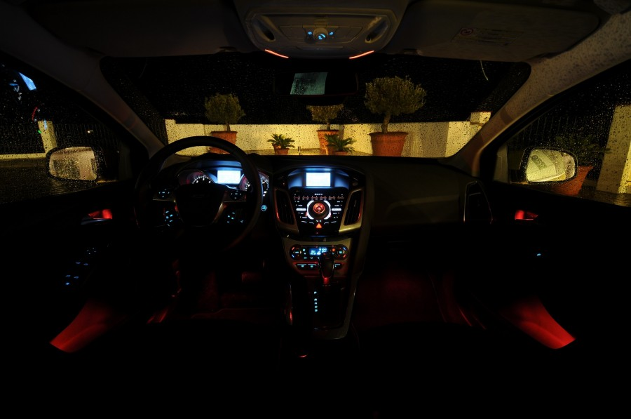 steering wheel lights are not working controls are okay ford focus forum ford focus st. Black Bedroom Furniture Sets. Home Design Ideas