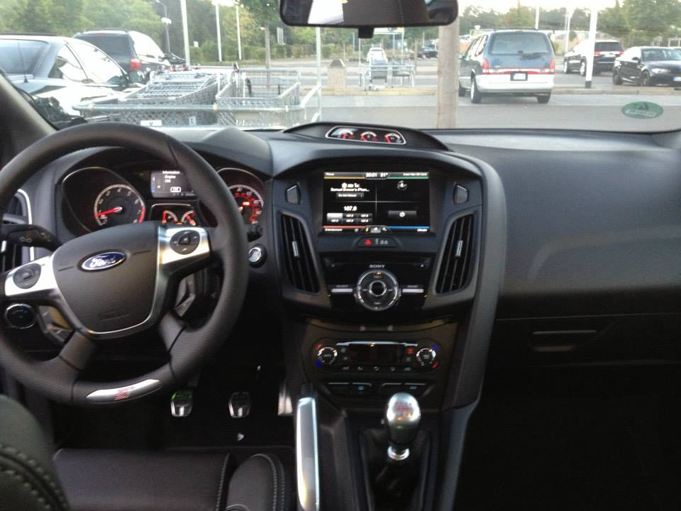 New 2013 ST, my first Focus-new-dash-view.jpg