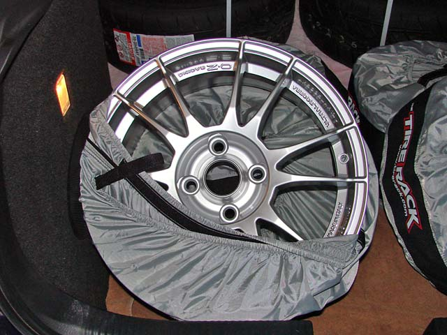New Track Wheels and Rubber-new-oz-2_640.jpg