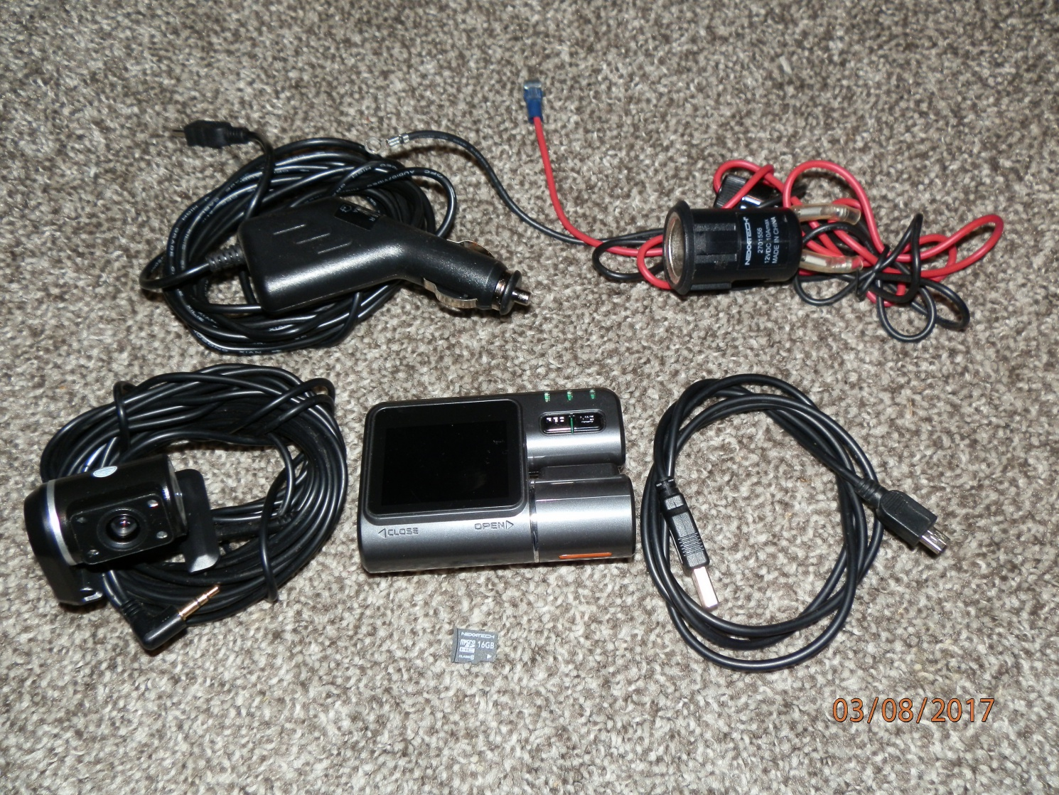 For Sale: HD Dashcam with rear cameran + accessories-p3080047.jpg