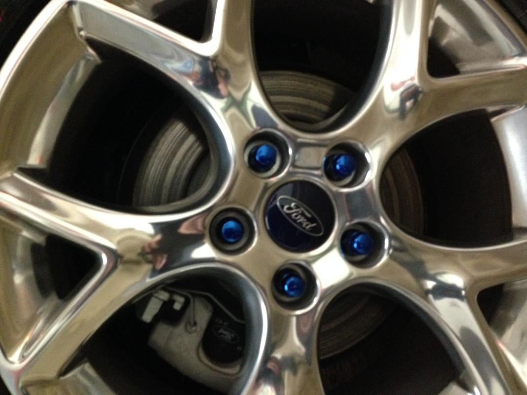 2014 Performance Blue Titanium Seadan-photo-3-4-.jpg