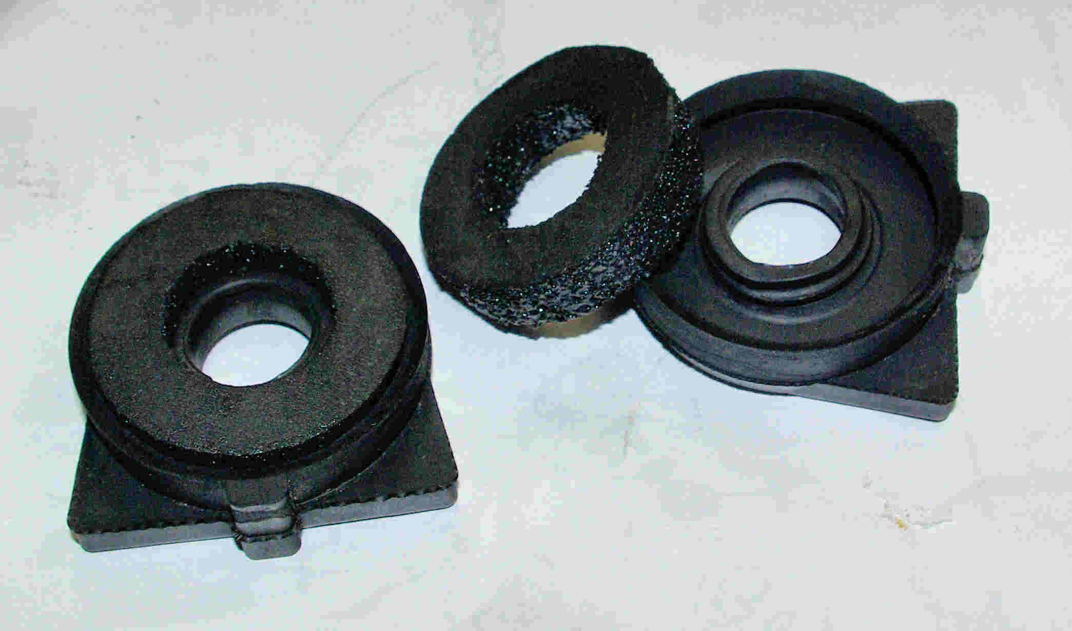 Clunking rear shock mounts: Solved?-rear-shocl-rubber-mounts.jpg