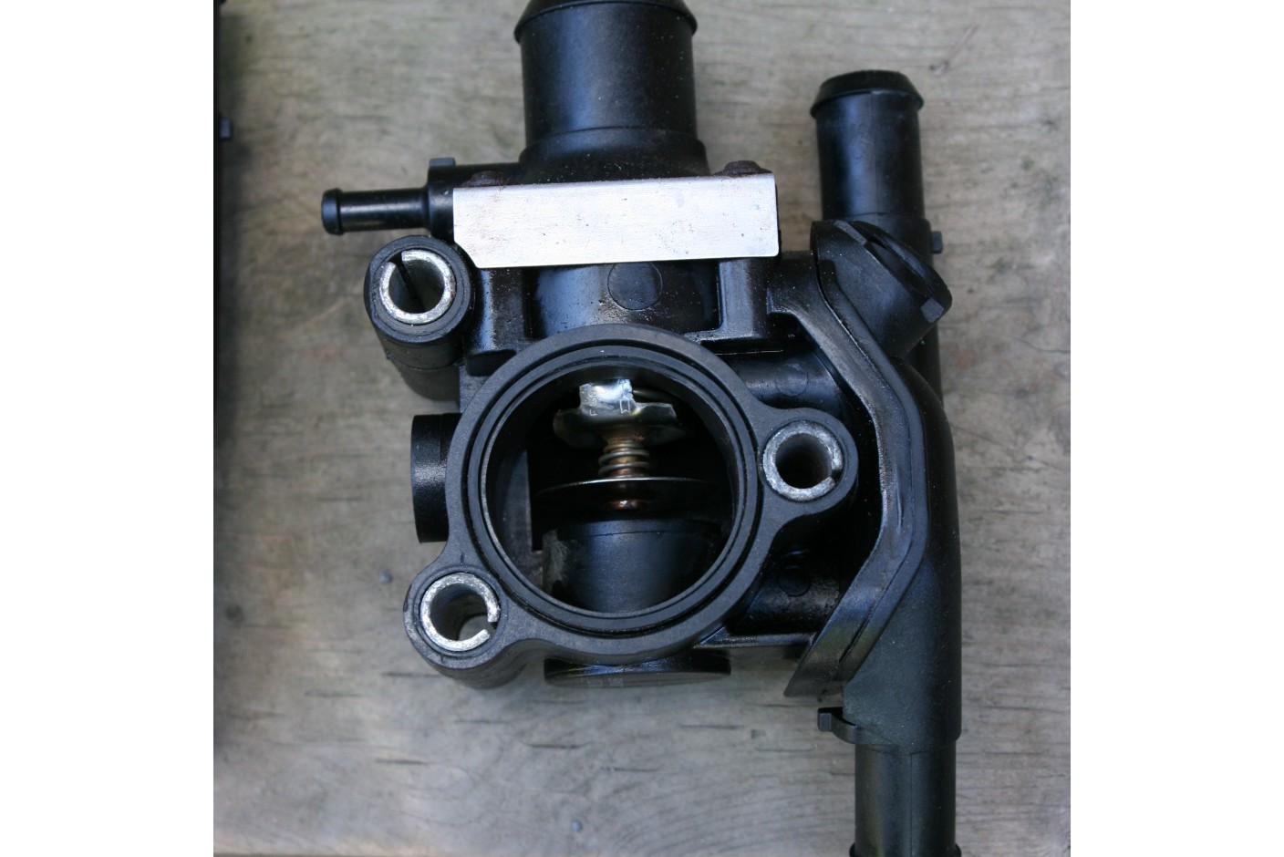 replaced the thermostat housing--photos-thermo-housing-good.jpg