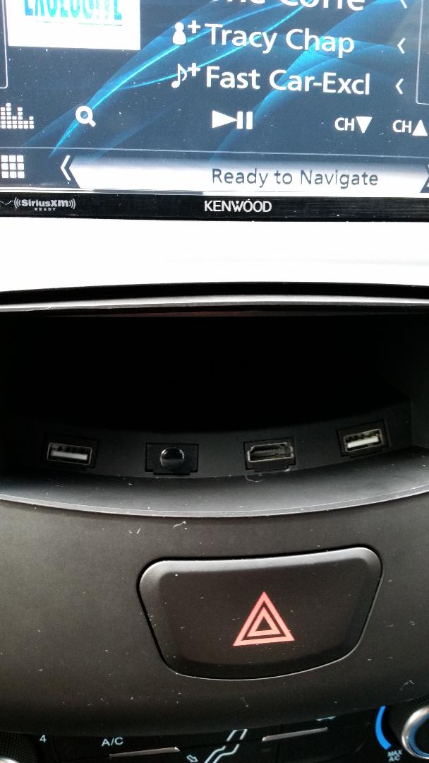 Installed new aftermarket head unit and system-tray.jpg