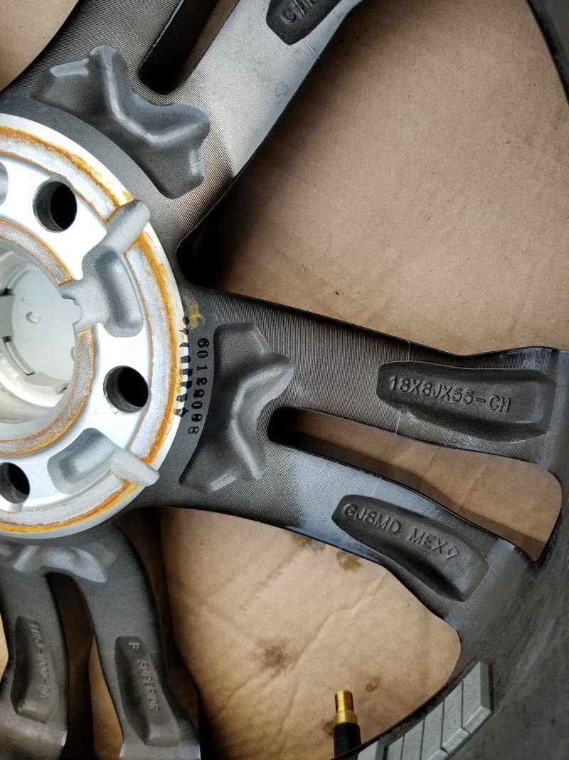 Complete set of 4 OEM 2016 Focus ST ST3 Wheels (Rims) 18x8 Like New! Gloss Black Polished face-wheel_1_0.jpg
