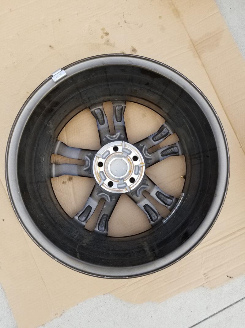 Complete set of 4 OEM 2016 Focus ST ST3 Wheels (Rims) 18x8 Like New! Gloss Black Polished face-wheel_2_3.jpg
