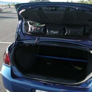 please note the storage bags on the trunk lid