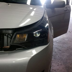 Painted headlight housing with hid kit