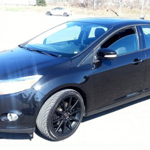 Black 2012 Ford Focus with good-looking wheels