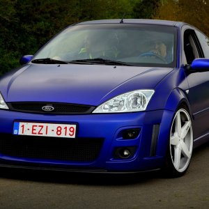 Matte-finish Ford Focus RS