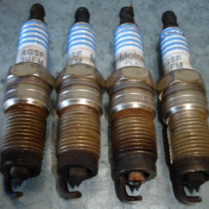 Old spark plugs, #1 is leftmost