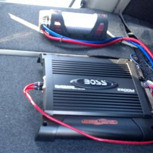 Sound System - my 2500w amp, battery capacitor, and 4 gauge wiring