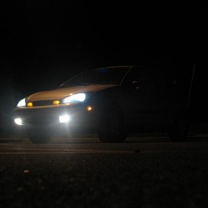 kind of a cool shot of my new 5000k head/fog lights. (and clear corners, even though you can't really tell)